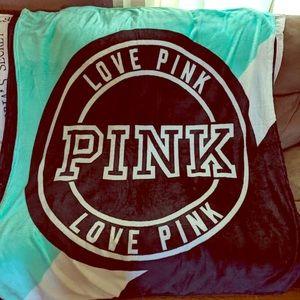 Victoria secret/ PINK blankets